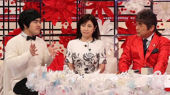岡江久美子も自分自身の体験をもとにいろいろな思いを語る。左から:加藤諒、岡江久美子、綾小路きみまろ