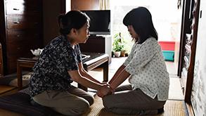 (左から)山口美也子、佐津川愛美